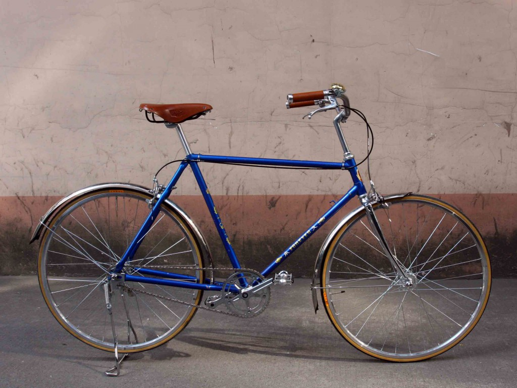 old Chinese frame bicycle